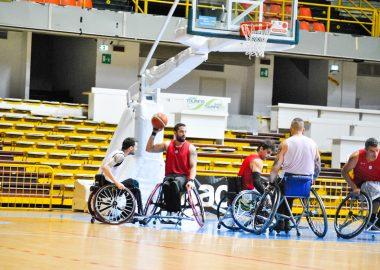 Adrian Rañales in azione